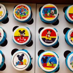 Paula's Cakes - Ice-cream cakes, Themed Cakes and Cupcakes and Party packs.