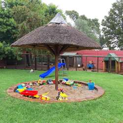 Bredell Rainbow Party Venue - Kiddies party venue  with lapa, braai facilities and playground