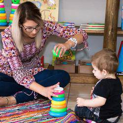 Moms and Tots Workshops - National - Parenting workshops, Playgroups, stimulating, educational, fine motor skills, gross motor skills, child development, Socialising, sensory development