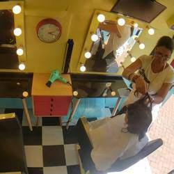 Snipit's Hair Truck - Kids hair cuts, school cuts, pamper parties, nursery schools, aftercare