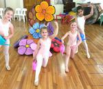 Kariena Olivier School of Ballet - Royal Academy of Dance Syllabus taught. 31 years established.Spacious studio, sprung floor.Berario Rec Centre Northcliff Children's Portraiture