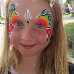 Faces 4 U - Face Painting. Buskers, Stiltwalkers, Balloon Sculpting other Party Activities
