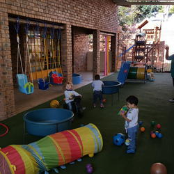 Hurly Curly Preschool - Hidden away in a beautiful Hurlingham Manor our nursery school  is small and intimate with a teacher child ratio of 1:5 ensure we give each child the attention they deserve.