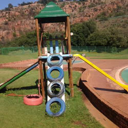 Little Falls Pleasure Resort - VENUE STILL CLOSED DUE TO COVID: Outdoor public swimming pool and kiddies paddle pool with picnic area  braai facilities showers and a water fall and nature trail.