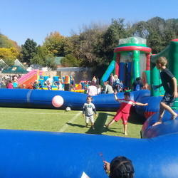 Unforgettable Parties - Party hire: foam parties,  party games, jumping castle, inflatable soccer pitch, candy floss, bubble and popcorn machines