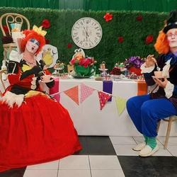 Miles of Smiles Entertainment - Kids party entertainers, party entertainment, balloons, facepainting, sandart, airbrush glitter tattoos, popcorn, candyfloss, fairies, stilts, puppets, magic shows, mimes, clowns, dancers,  jumping castles, disco and more!