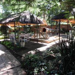 Venue@185 - Venue@185 is a beautiful, tranquil Self Catering Venue, ideal for kids parties, small celebrations, functions and corporate events.