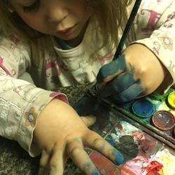 O. Griet artwork and classes - Art lessons- drawing ,painting and pottery skills plus drawings, paintings or ceramic sculptures,