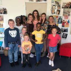 Kids Confidence Training - Let your kids come to our confidence training classes - we'll sing, read, play games to boost confidence and have lots of fun.