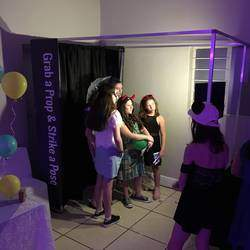 QuikPix Photo Booth (Pty) Ltd - Professional, Affordable, Limitless Prints, Cloud Storage, Beat any Quote