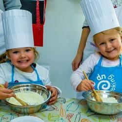 Cooking Up A Storm Culinary Experiences - Culinary parties for kids at your house or venue or at one of Cooking Up A Storm's approved venues in and around Gauteng.