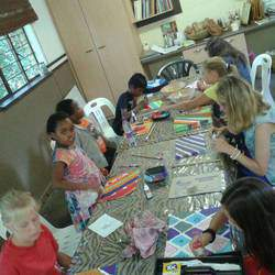 Art On The Farm - Art On The Farm teaches basic drawing to painting in all mediums. Art classes, kids arts & crafts party venue hire, wall murals.