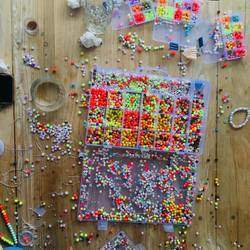 Bead Bar - Kids party entertainment, Fine motor skills development, arts and crafts, at home arts and crafts supplies, Extra mural activities, kids birthday parties, mobile arts & craft entertainment, online craft parties.