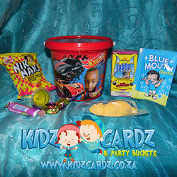 Kidz Cardz & Party Buckets - Personalised Themed Party Buckets, Themed T-shirts, Personalised party, Pinatas, Invitations, Themed Kids Drinks, Banners, Themed Bubbles, candy floss