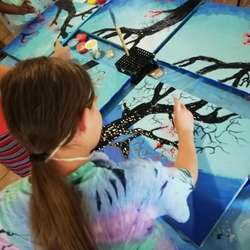 The Creative Planet - Art classes, holiday club, art workshops for kids, children teens craft painting drawing superhero anime