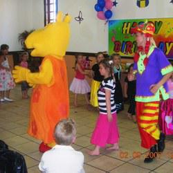 Duo Sapphire Entertainment Agency  - Kids Entertainment, Bungee Trampoline, clown shows, face painting, kids rides, venue hire