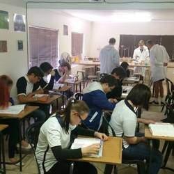 Daybridge International High School - Private high school that teaches the Cambridge curriculum : Foundation (Grade 8-9), IG and AS levels (Grade 10- 12).