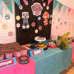 Deelight - We are party planners that hire out kids furniture, offer entertainment, halaal platters and decor to match your theme.