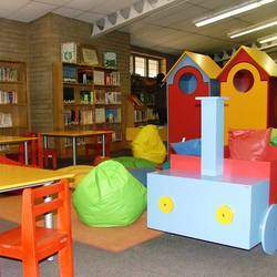 Emndeni Library  - Public library with children's books, storytime, holiday programs, homework assistance and science shuffle