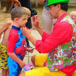 Awesome parties! - C my Package deal?: Balloons! Magic! Facepaint!Monster bubbles !(Ook in afrk)