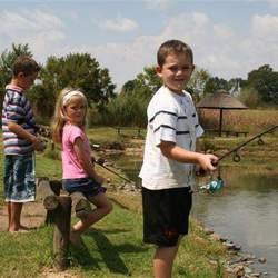 Footloose Trout Farm and Conference Centre - Bass, trout, carp and barbel fishing for your children's party or simply a relaxing weekend outing.