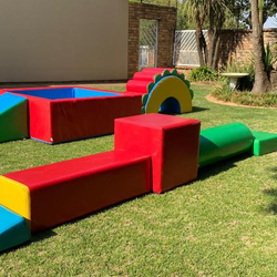 Win soft play hire worth R750