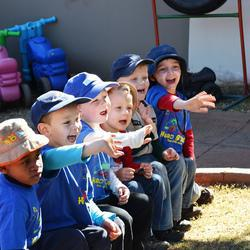 Headstart Pre-Primary School  - Christian Pre-school Afrikaans and English, unique programme best stimulation, passionate teachers, afternoon club with planned fun activities