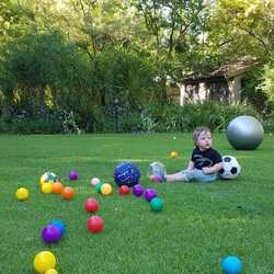 Little 5 Sandton - A nursery school and daycare based on play with a purpose. Our children are encouraged to move, experience, hear/see, name, understand and use, while learning