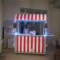 Mmm Moments - Customised dessert and beverage mobile cart for all events - Ice-cream/Waffles/Frozen yoghurt/Milkshakes/Smoothies/Coffee/Bubble tea and more