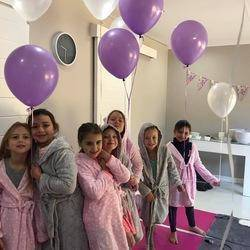 Kiddilicious - Family bistro, party venue, gift boutique, baby clinic, classes, workshops, baby, toddler, child, pregnancy, play areas, beauty salon, Kiddilicious