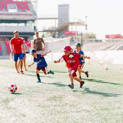 Little Kickers Jhb North - Qualified, professional, uniformed, experienced football coaches with specialist skills in coaching the pre-school and primary school age group, even absolute beginners!