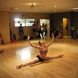 DS Dance Studios & Productions - Hip hop, breakdance, slowdance, freestyle, kids classes, jazz, tap, broadway, latin, ballroom, belly, contemporary, showdance, private lessons, events