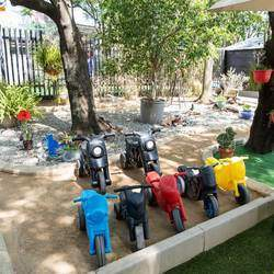 Its My Party - Outdoor party venue which is ideal for your children's birthday parties with our sandpit, bike tracks, trampoline, jungle gyms and farmyard