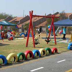 Jeeks - Party venue, Bedfordview/Edenvale. Catering, cakes, party packs, entertainment, kids crafts, survivor, treasure hunt, camp outs, let the fun begin!