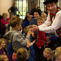 Tricky Trevor - Magicians - Comedy Magician, Balloon Modelling, Kiddies Carousel, Merry go round, magic workshops, magic shows, Corporate