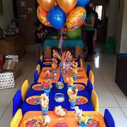 Kiddos Parties & Supplies - Party Packages, Party Packs, Jumping Castles, Sweet Buffets, Balloons, Party Decor. Personalized Service.