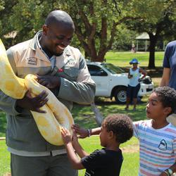 Johannesburg Zoo - day and night tours, children's farmyard, tractor rides,  kids party venue, school tours and more