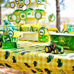 Family Fun Farm Kids Party Venue - Kids Party & Family Fun Venue for the whole family!