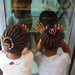 Kurlz & Kutz - All hair types, mobile hairdressing, pamper parties, play areas, library, novelty toys & ice-cream.