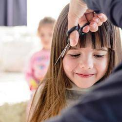 Maddy Magoo Bryanston - Kids hair salon, hair salon, pamper party venue, hair care products, kids party gifts, first haircut, mini-manicures, mini-pedicures, kid friendly pro