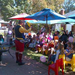 Magical Marc Entertainment - Kids Magician, Teen Magician, Magic for all ages. Balloonsculpting Facepainting Jugglers Stilts
