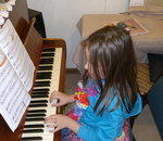 Mal's Piano  Lessons - Piano lessons for  children  from   4   upwards   Beginner   adults  are  also  welcome