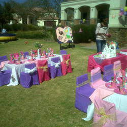 Mangis Kiddies Events - Indoor and outdoor party venue with playground and braai facility for adults plus party planning including party packs, jumping castles, decor etc.