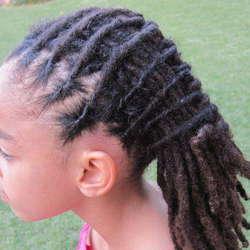 Mobile  Braidings & Dreadlocks  - Mobile hairdresser for braiding, dreadlocks, bonding, extensions, singles, straight back blades
