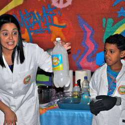 Nutty Scientists - Hands on science education, educational shows, birthday parties, holiday programs, science educational camps for kids