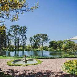 Oxbow Country Estate - Country restaurant, Sunday lunch, family outing, pedalo boat rides, gardens, walking, kids play area, kid friendly, nature, child friendly restaurant