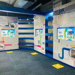 Sci-Bono Discovery Centre - World Class interactive science museum offering science & technology programmes for general public & schools. Also Birthday party & conference venues.