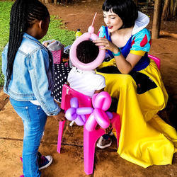 Dreamcatcher Entertainment SA - Professional entertainment for all types of events, face painting, balloons, stilt walkers, princesses, superheros, jugglers, magicians and much more