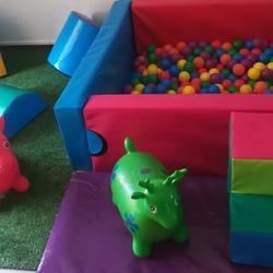 Happy Jumps Castles & Parties - Professional party planners offering Soft Play hire, Jumping Castles, Outdoor Pallet Parties, Kids Full Party Setups, Candy Buffet Tables, School Parties, petting zoo hire, balloons, cupcakes, gazebos and more