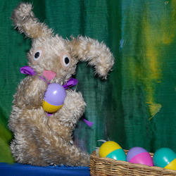 Spellbound Puppets - Book now! Choose a show to suit your school, holiday programme or birthday party theme, or organize a social responsibility event for your company.  Great puppet making workshops creating sock or character figure puppets at your event, to add colour,
